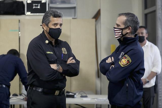 Se registra un nuevo caso de COVID-19 cada segundo en Los Angeles, California