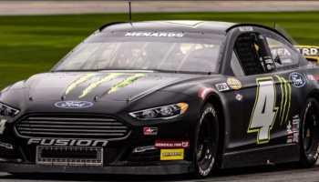 NASCAR discriminación