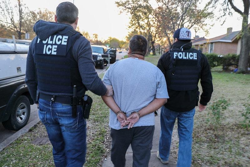 Nuevas órdenes harán que agentes migratorios solo deporten criminales