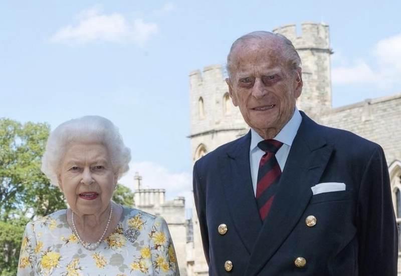 El Príncipe Felipe de Inglaterra es hospitalizado a los 99 años