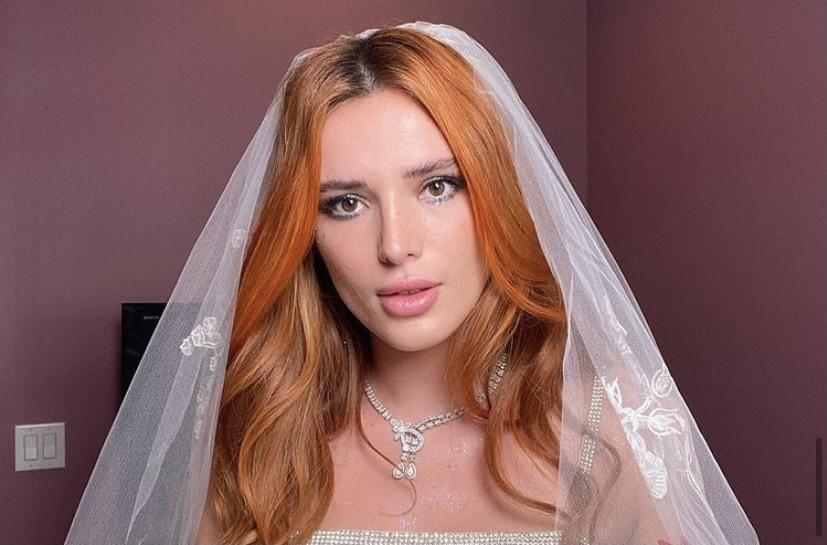 Bella Thorne recibe anillo de compromiso, ¿con quién se casa?