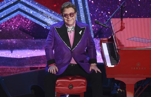 ¿Tienes 20 dólares? Puedes asistir a la fiesta de Elton John