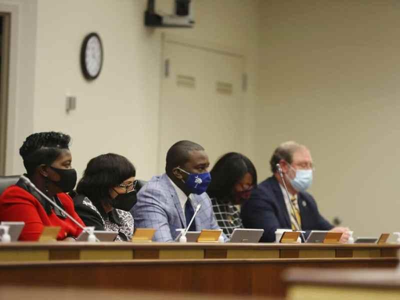 Iniciativa de ley en Carolina del Sur excluye a homosexuales y transgénero