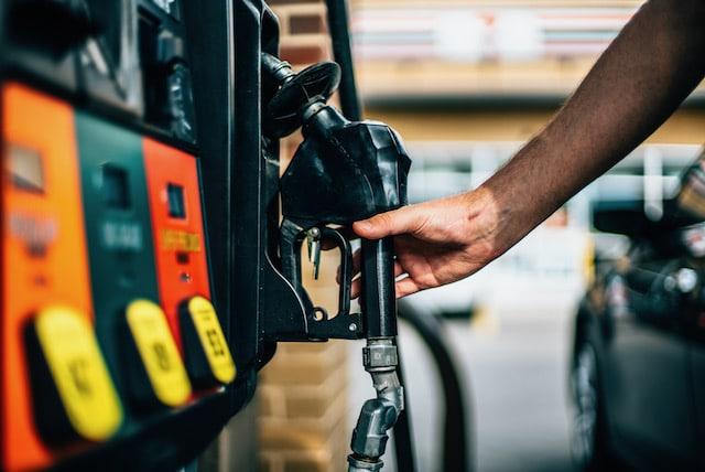 Precios de la gasolina en Carolina del Norte son los más caros en dos años
