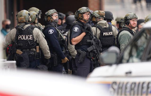 Policía identifica al sospechoso del tiroteo de Colorado