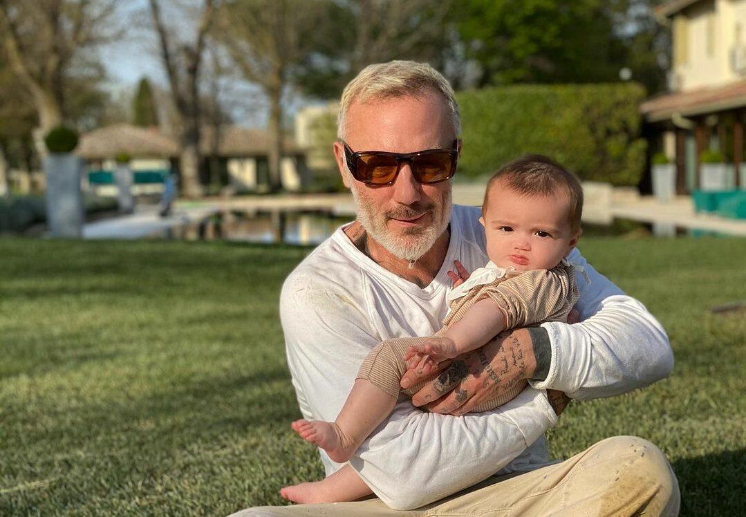 Gianluca Vacchi hija operada paladar hendido