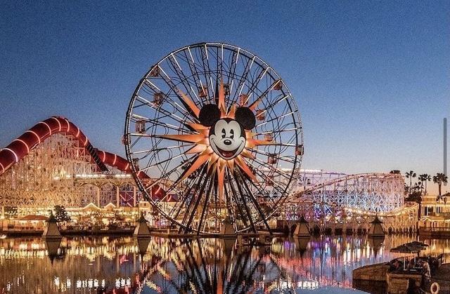 Así fue la reapertura de Disneyland en California