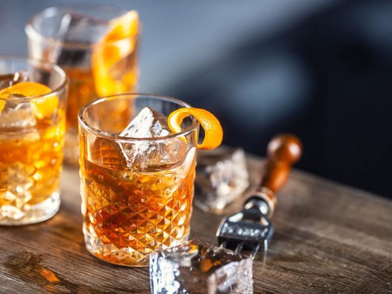 Extienden entrega a domicilio de bebidas con alcohol en Carolina del Norte