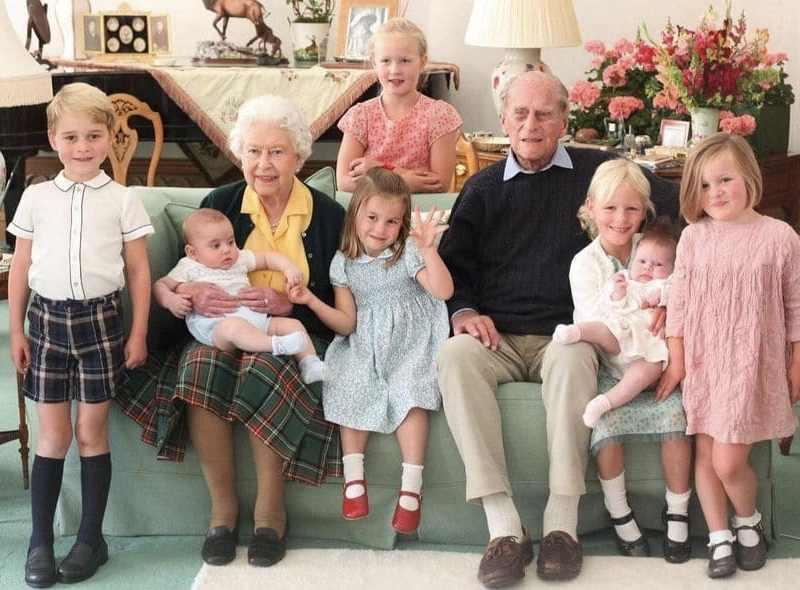 Príncipe Felipe: publican fotos inéditas con su familia