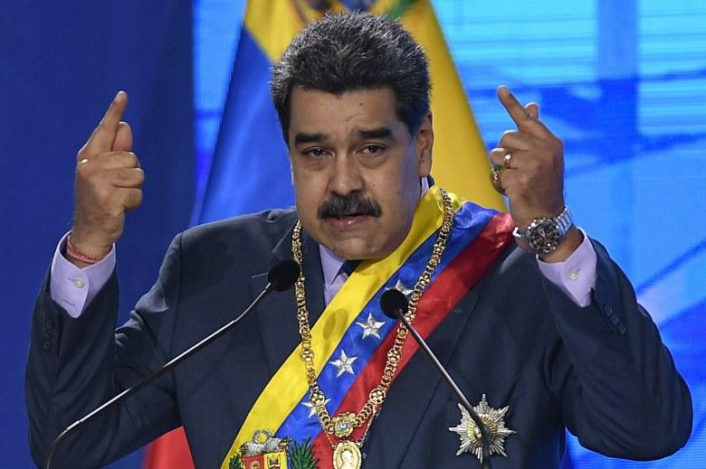 gran-marcha-de-antorchas-para-celebrar-independencia-en-venezuela