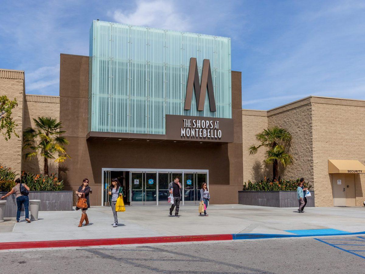 Montebello corren clientes en centro comercial, arrestan a una persona