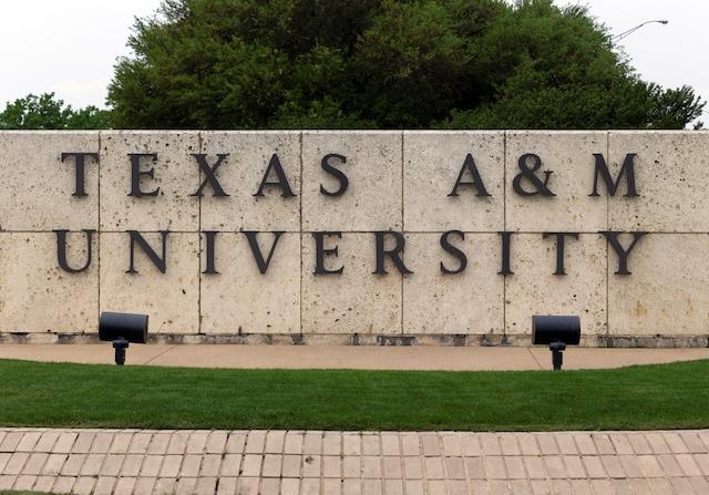 Descubren nueva variante de COVID-19 en la Universidad Texas A&M