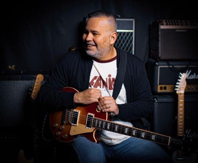 Tony Arreaza: Músico latino recibe beca para grabar un álbum en español