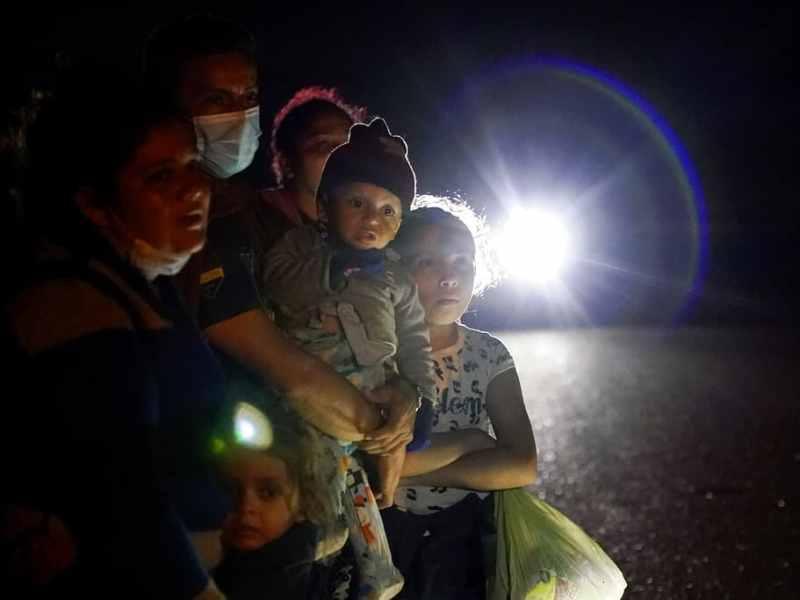 Acelerarán casos de inmigración familiar en 10 ciudades