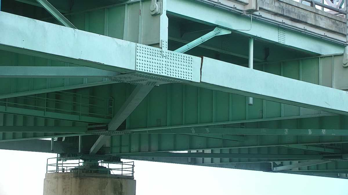 Fractura en puente interestatal cierra tráfico en Tennessee y Arkansas