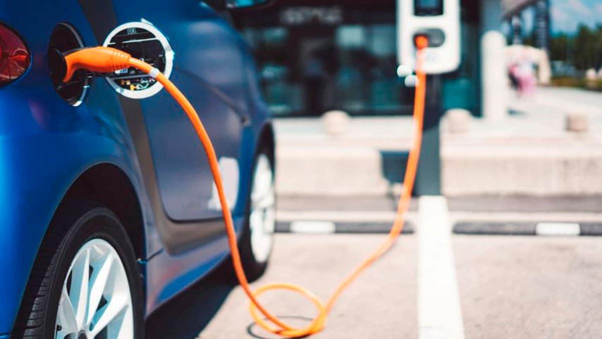 Joe-Biden-autos-eléctricos