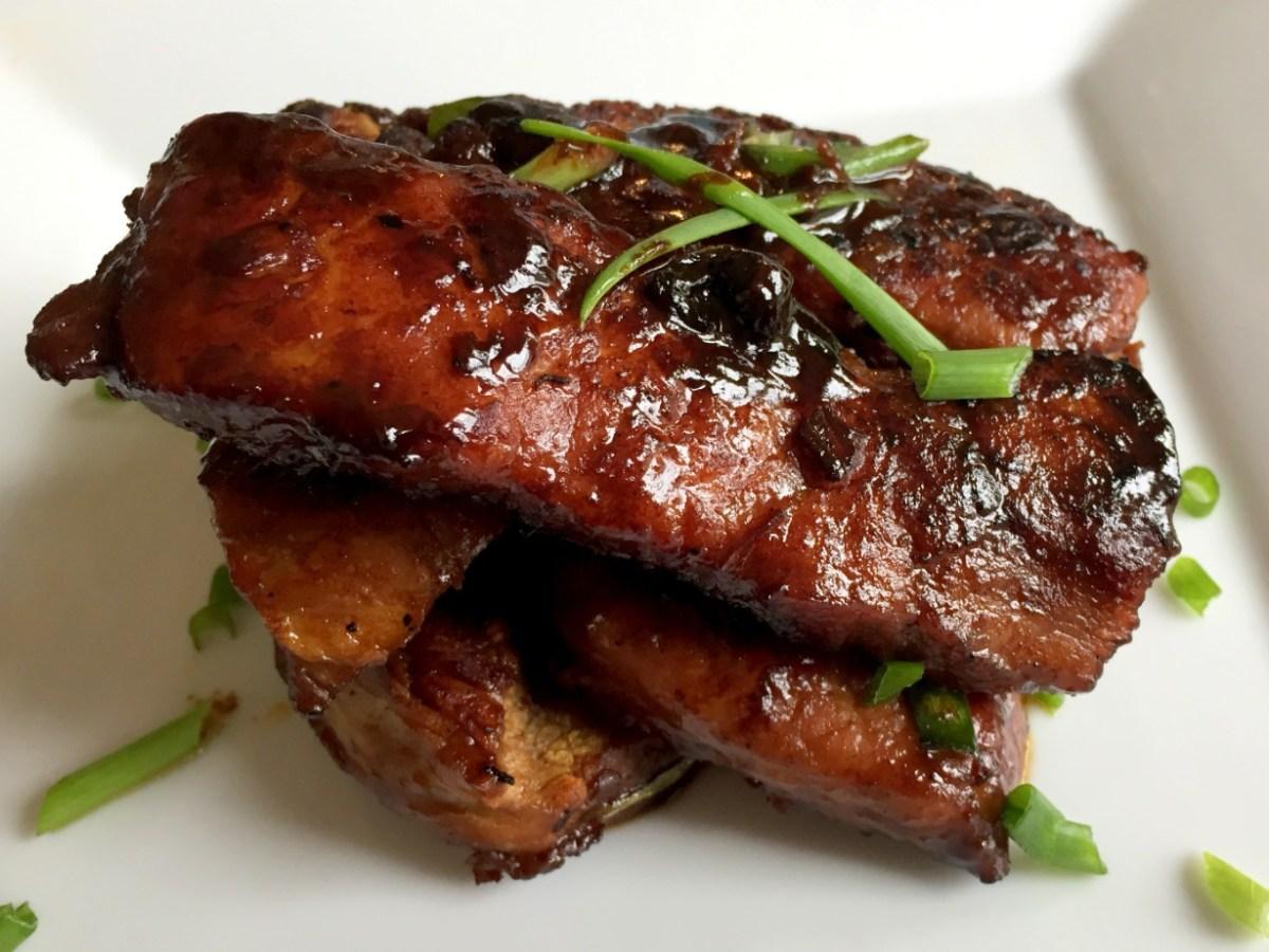 La gastronomía china se ha hecho muy popular en el mundo entero y uno de sus platos más emblemático es las costillitas de cerdo