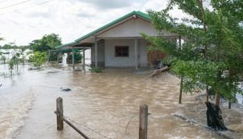 ¿No tienes seguro contra inundaciones? Puede que sea hora de conseguirlo