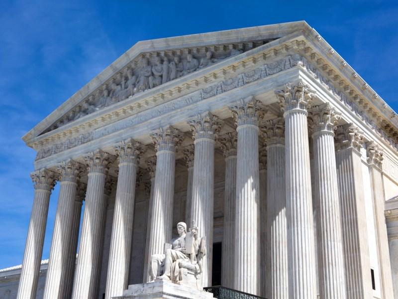 22 estados piden mantener pausa en desalojos a la Corte Suprema
