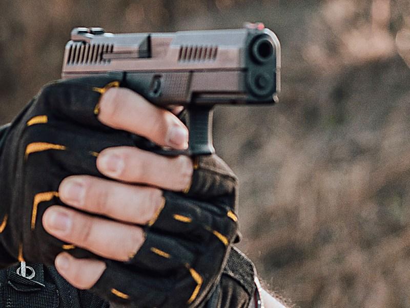 Mueren 3 personas en tiroteo de Arvada