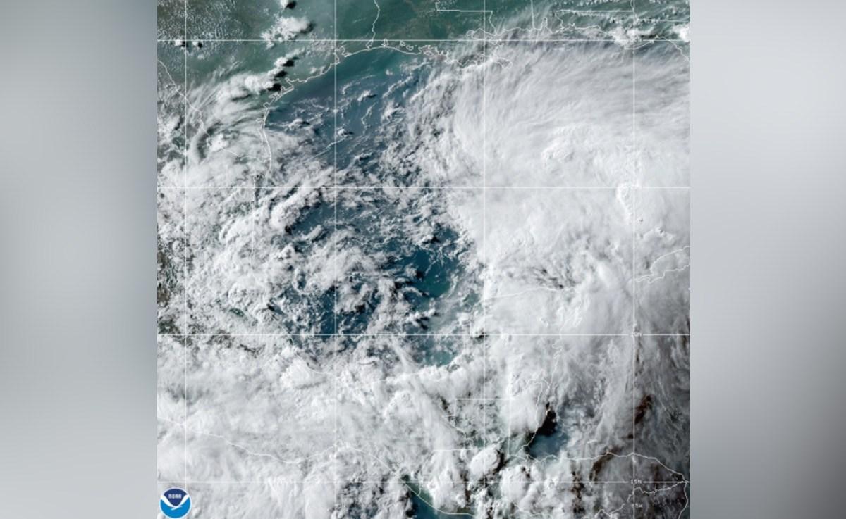 """Potencial ciclón """"Three"""" traerá lluvias a costa norte del Golfo"""