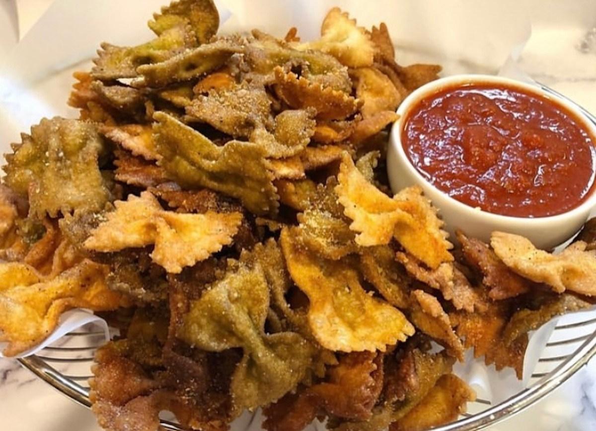 Chips de pasta: la botana que todos están haciendo en TikTok