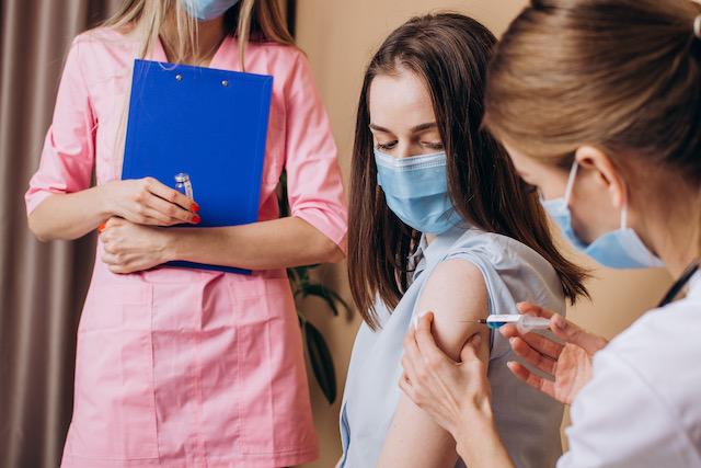 La Universidad de Elon requiere vacunas COVID-19 para todos los estudiantes