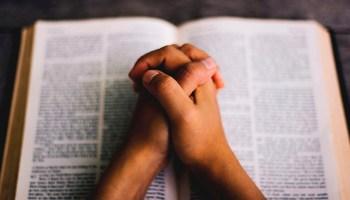 ¿Cómo hablar con dios?