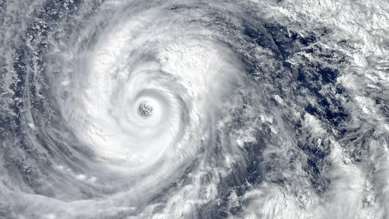 se-forma-blanca-tormenta-tropical-en-la-costa-sur-de-mexico