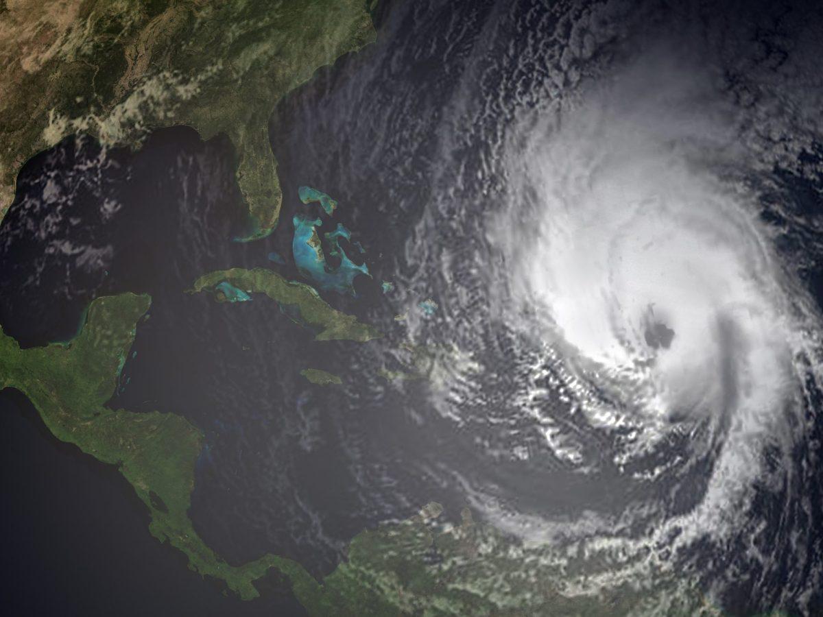 Autoridades aconsejan a los habitantes en el este y centro de Carolina del Norte que se preparen para la tormenta tropical Elsa.
