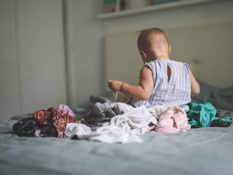 Mujer de Carolina del Norte llevó a un bebé de 7 meses a un robo