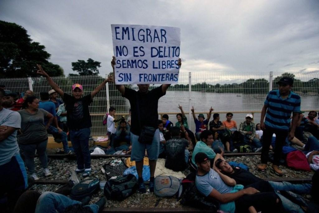 Muere migrante muro fronterizo
