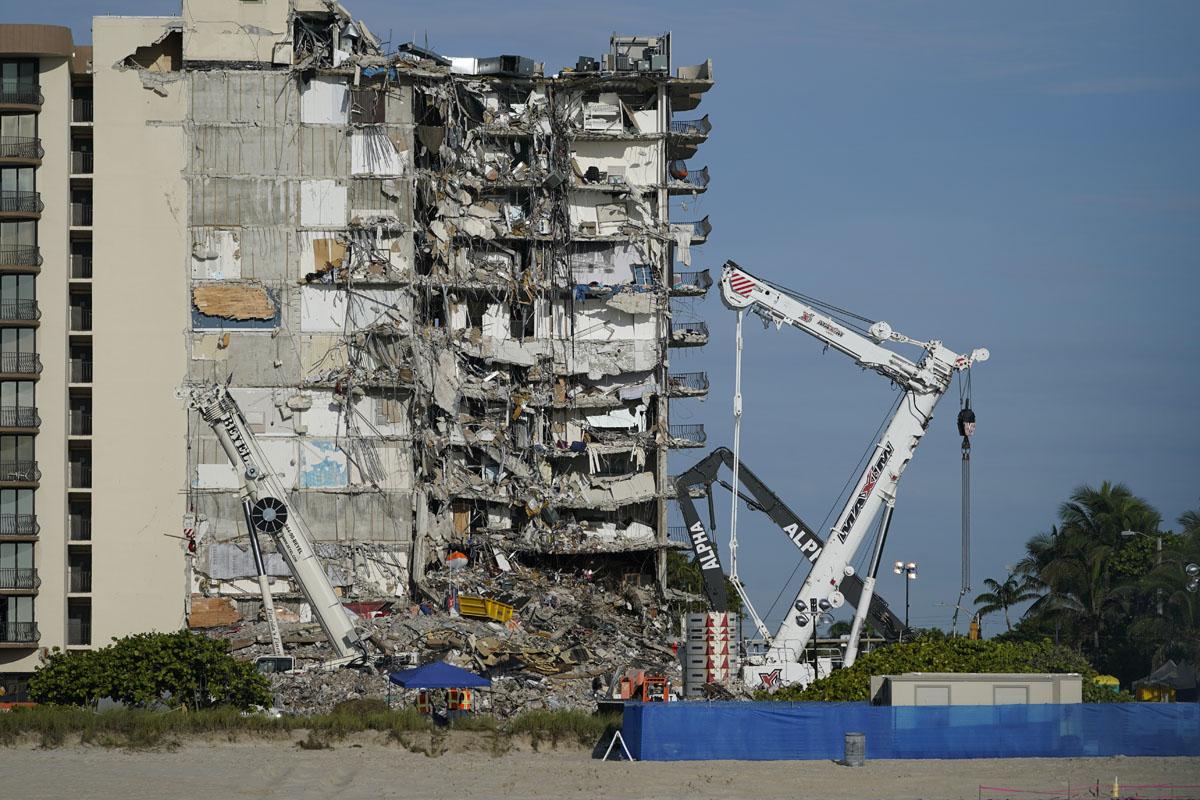Video muestra fuga de agua en edificio antes de su colapso en Miami - La  Noticia