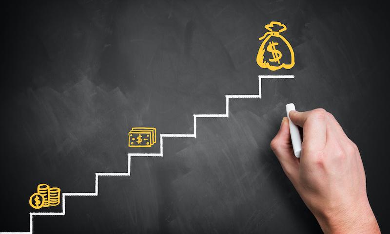 Seis asesores financieros recomiendan qué hacer con su dinero en estos tiempos extraños