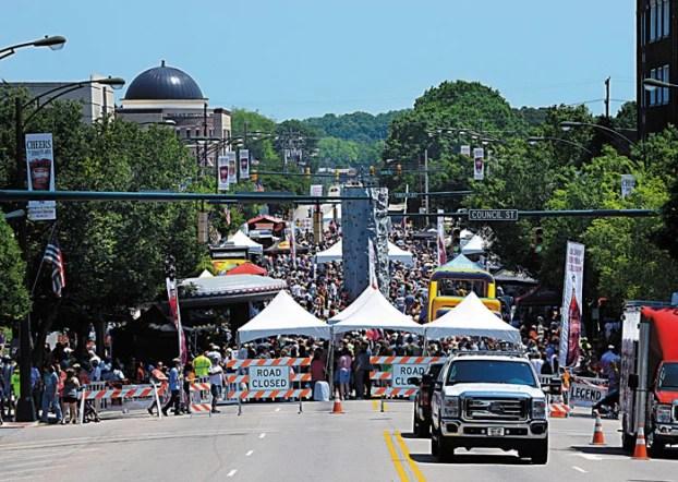 Cheerwine Festival estaba programado para el 18 de septiembre. Ahora ha sido cancelado debido a preocupaciones de Coronavirus. Foto Salisbury Post / Wayne Hinshaw