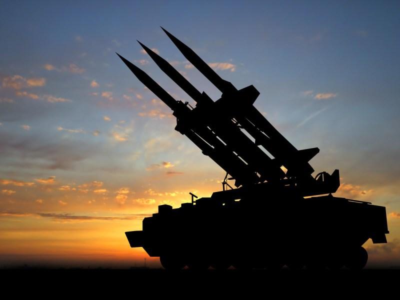 Hezbollah dice que disparó cohetes contra Israel