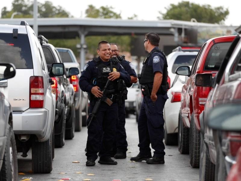 Autoridades arrestan pareja heroína