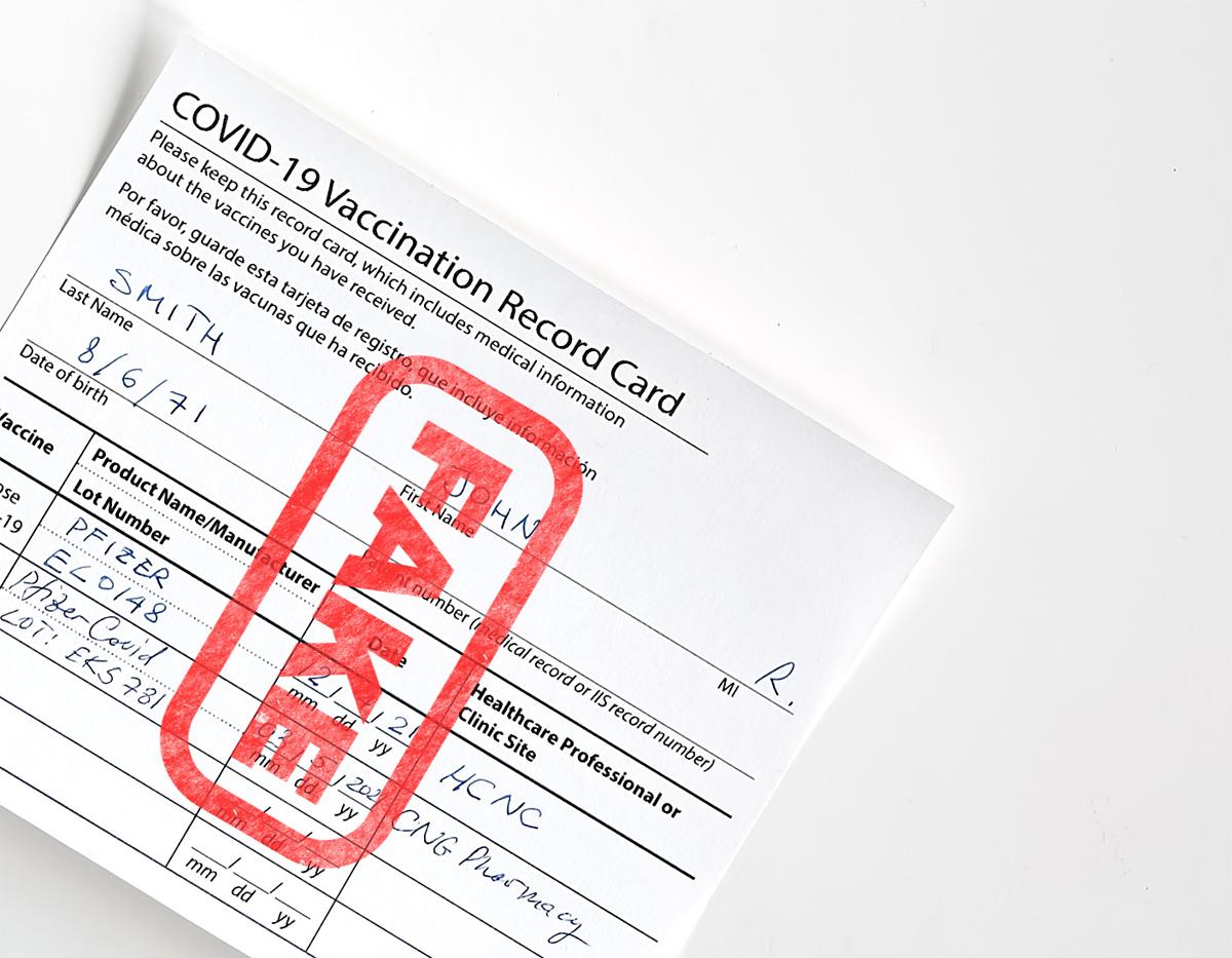 Confiscan más de 1,500 tarjetas de vacunación falsas en Cincinnati