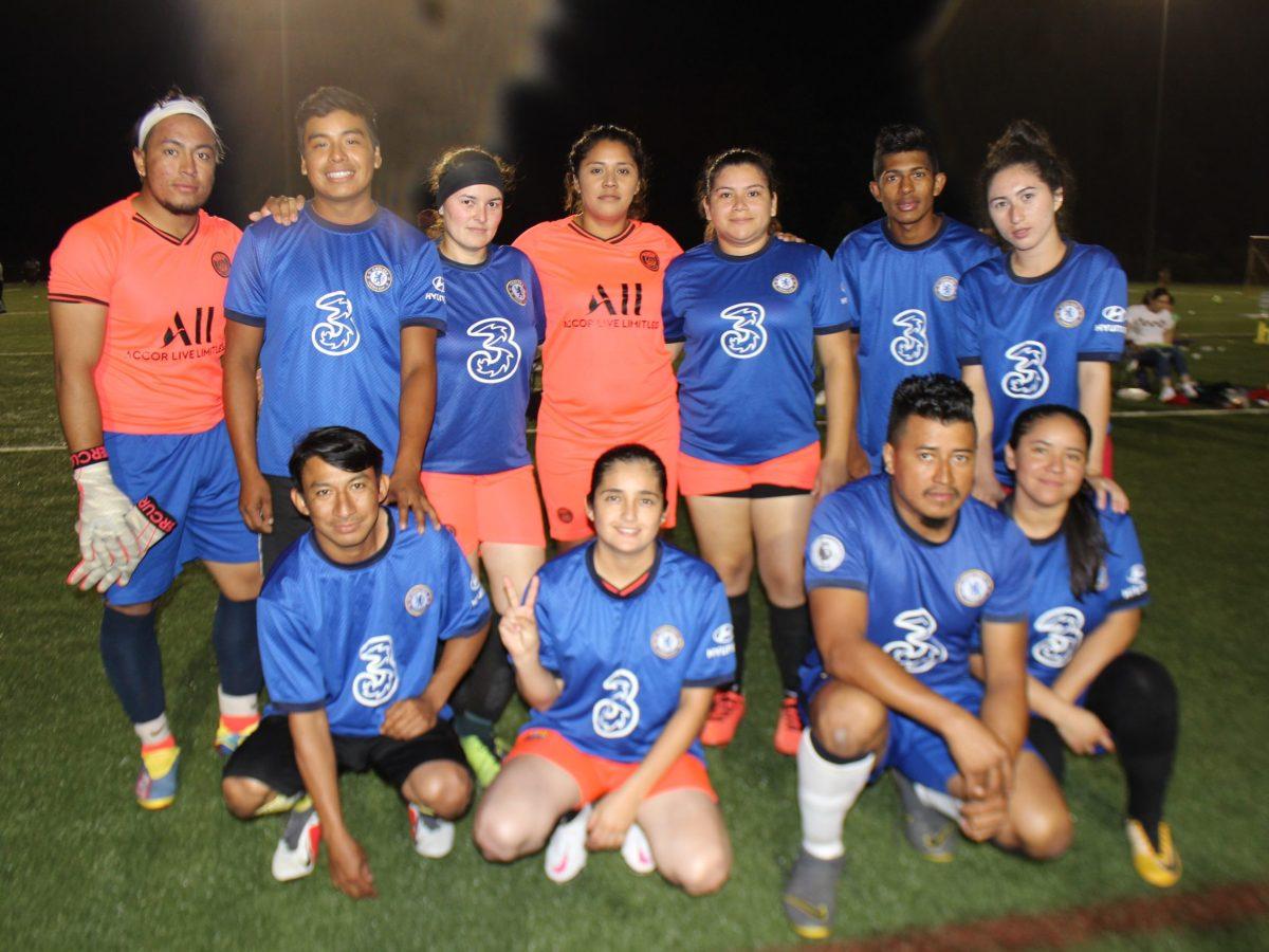 Honduras Mix, logró salir por la puerta de la victoria. (Foto: Gustavo Cruz)