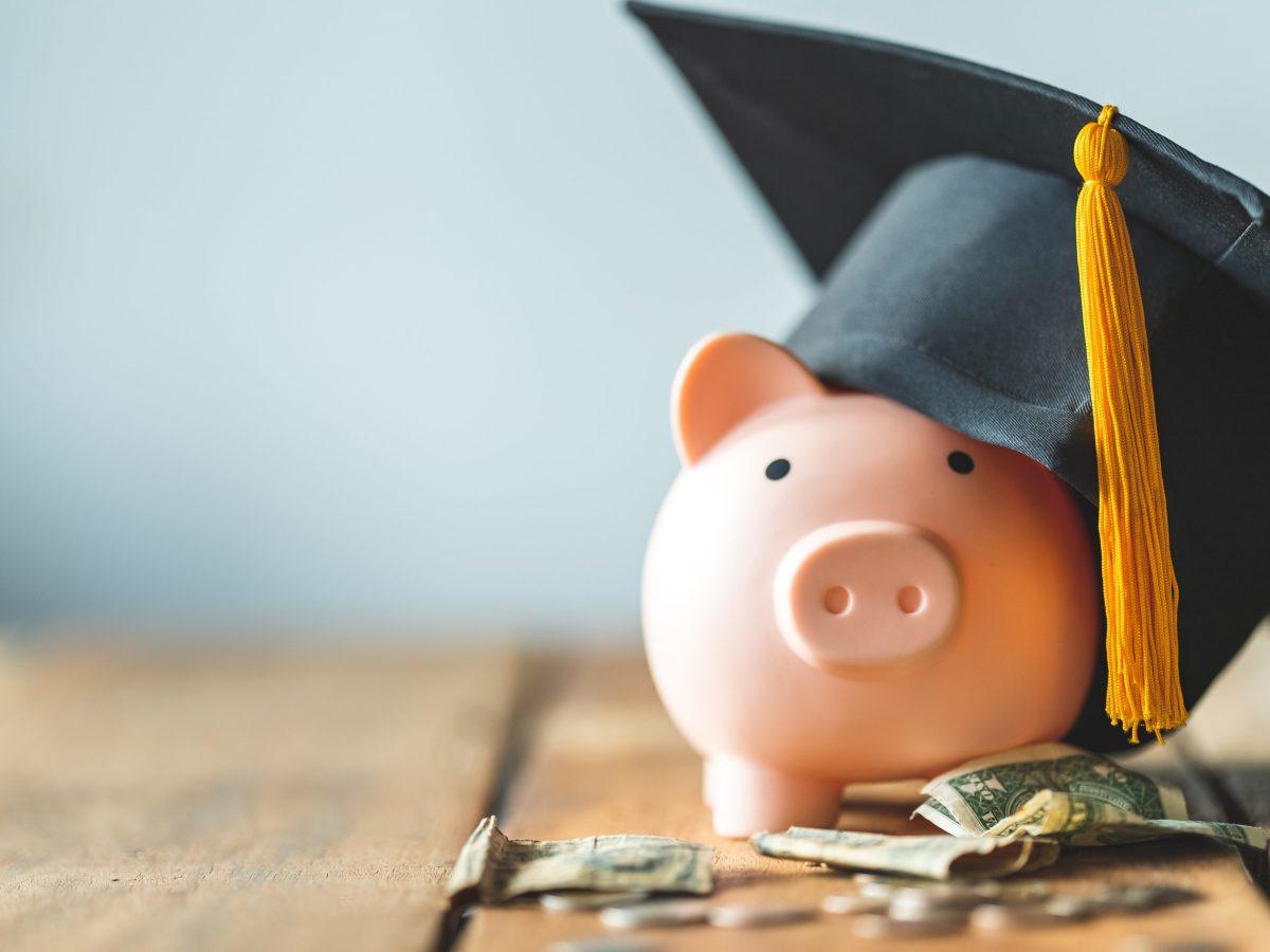Taller virtual que te enseña cómo paga tus estudios superiores.