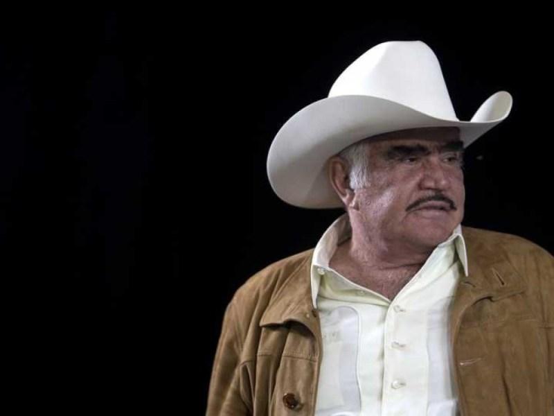 Vicente Fernández abandonará terapia intensiva