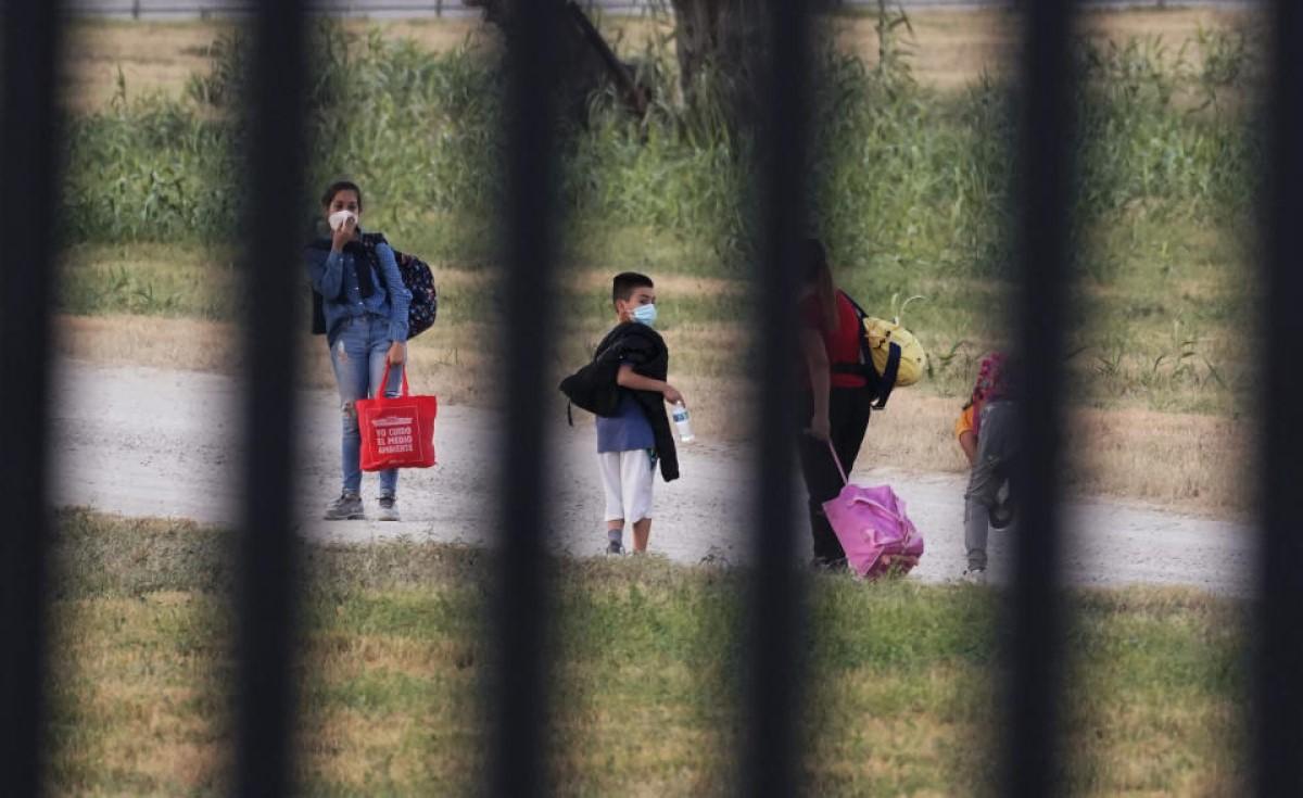 condenan latino texas migrantes