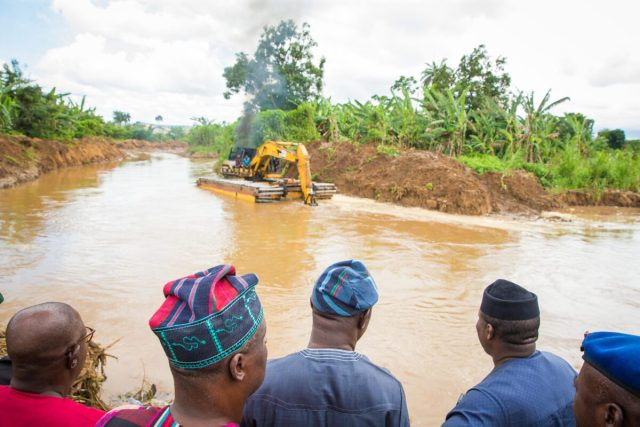 Pictures of the Ekiti state Governor and other officials' visit to Ureje and other areas of the state affected by flood.