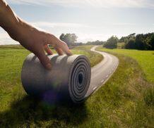 carretera-que-se-enrolla-por-mano-erik-johansson-001
