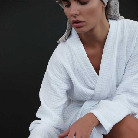 Crinkle robe