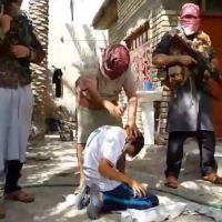 Terroristas de Estado Islámico decapitan a cuatro niños cristianos que rechazaron la conversión al islam.