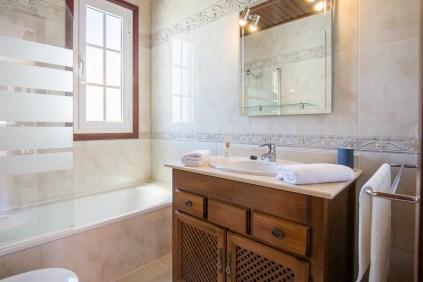 Casa Isla Bathroom