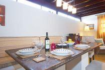 Casa de Loro Dining