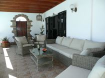 Cielo covered terrace