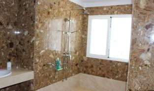Coral Beach Bathroom